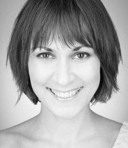 Izabela Nowak- headshot2_opt
